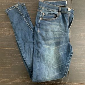 High Rise MUDD dark wash skinny jeans size 9